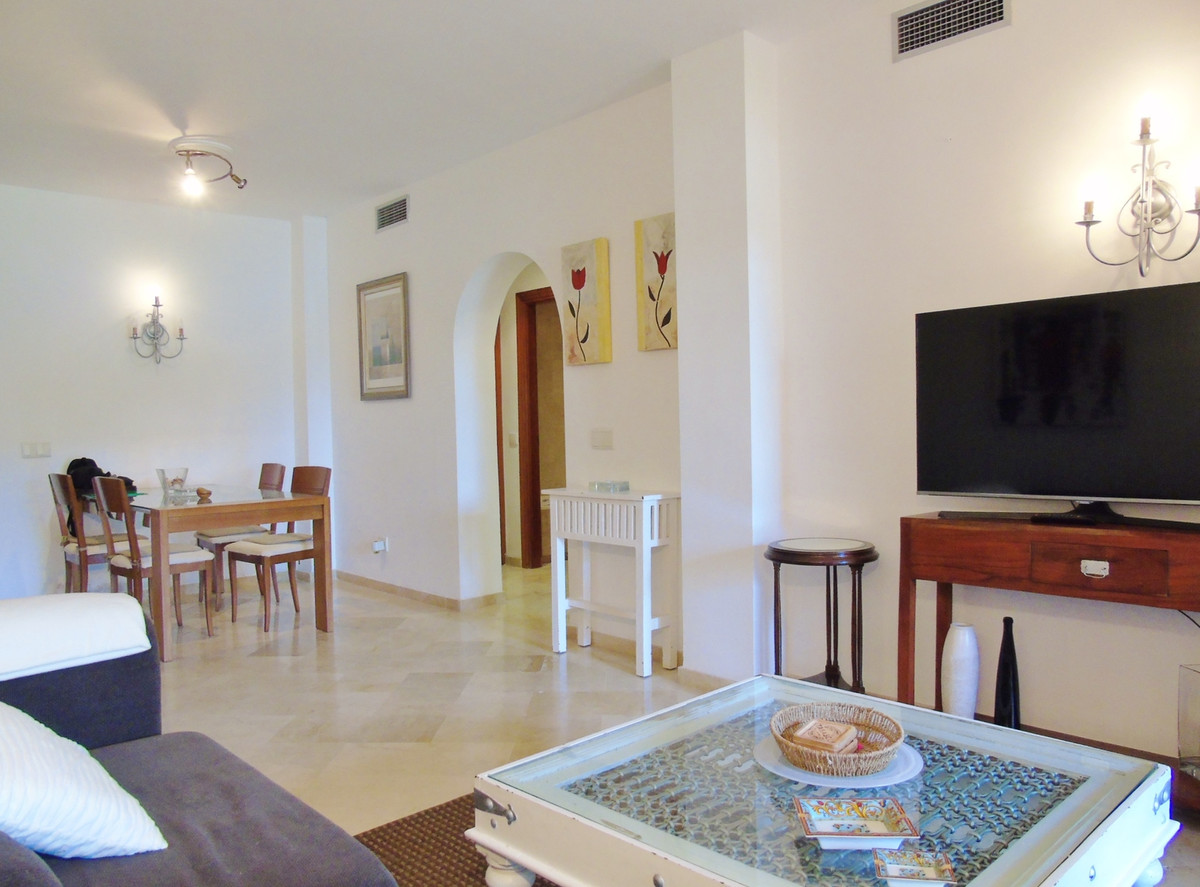 Apartment in Marbella R3249019 8