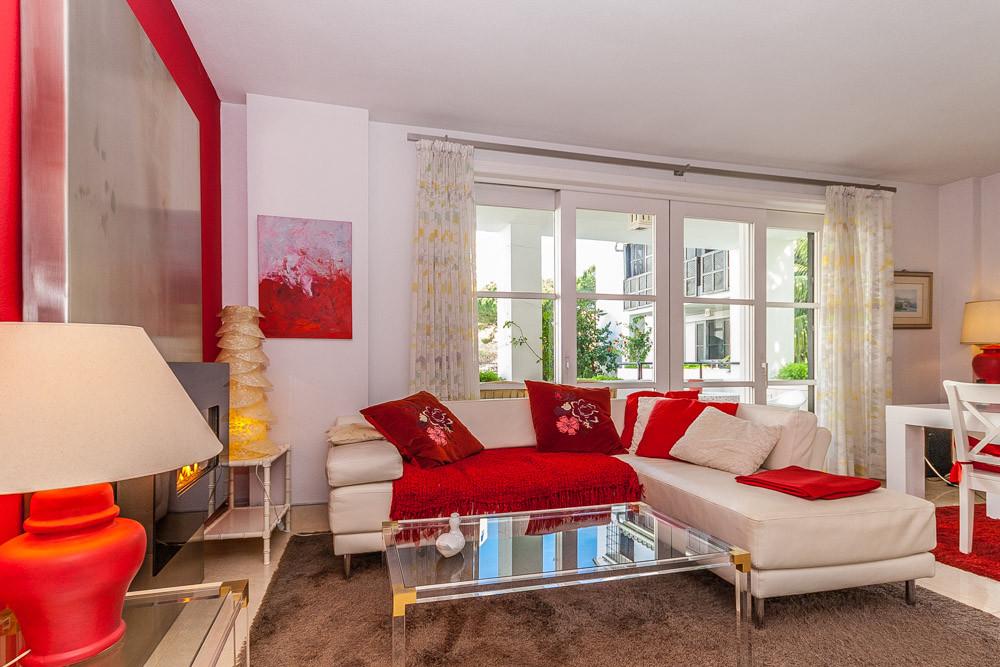 Apartment in Elviria R3085117 10