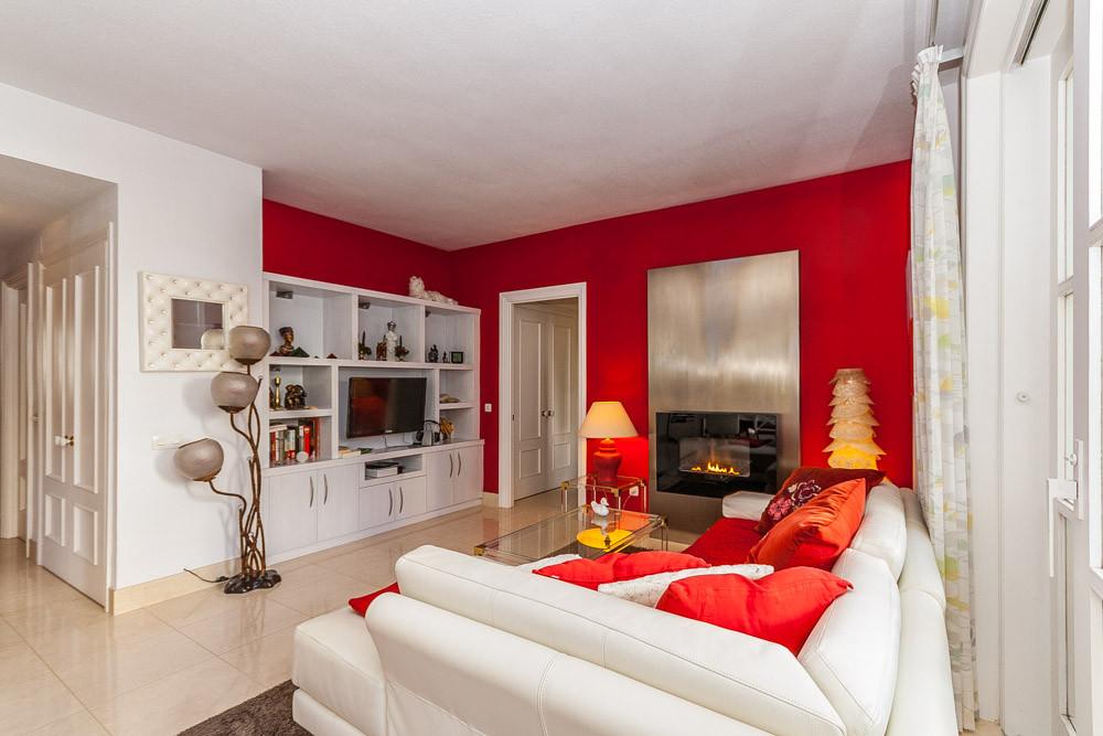 Apartment in Elviria R3085117 11