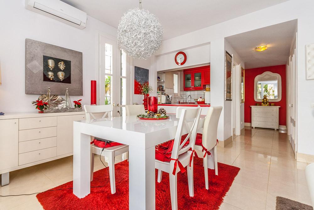 Apartment in Elviria R3085117 13
