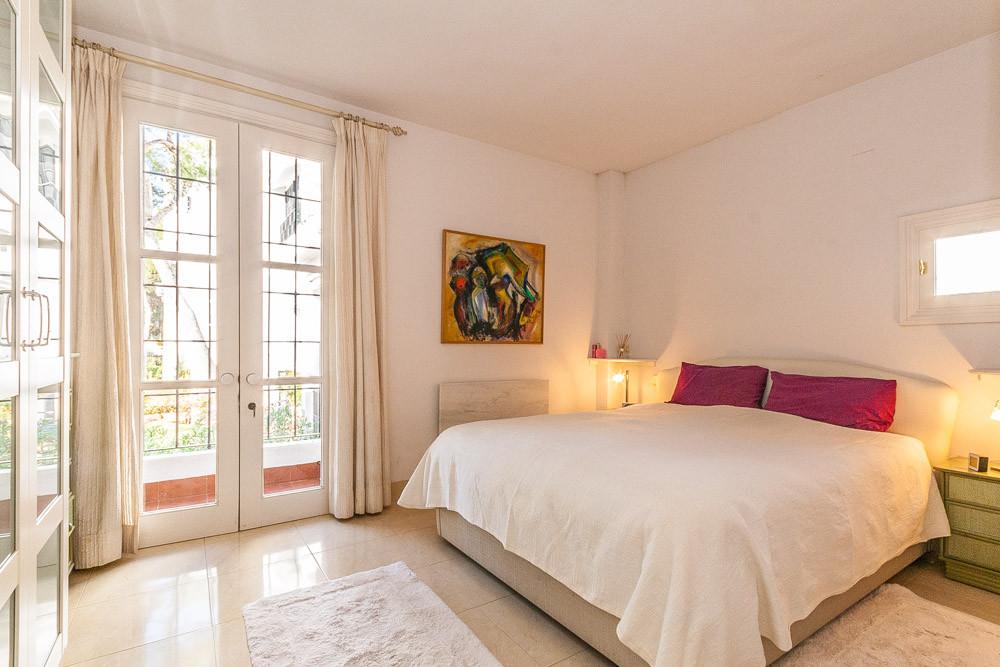 Apartment in Elviria R3085117 4