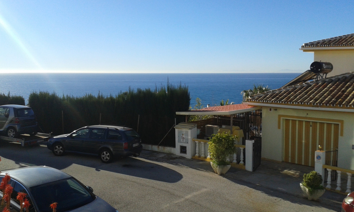 Middle Floor Apartment in Riviera del Sol R3334741