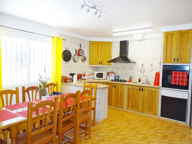House in La Duquesa R3308179 3