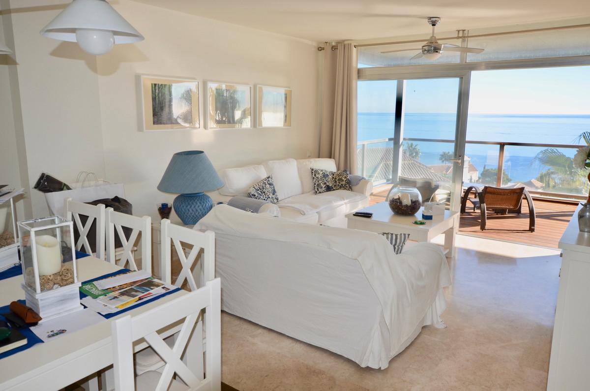 Middle Floor Apartment in Manilva R3333985