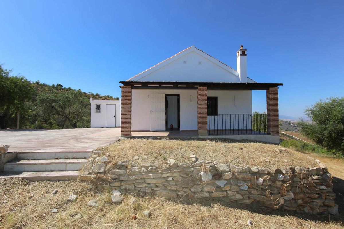 Detached Villa in Monda R3202756