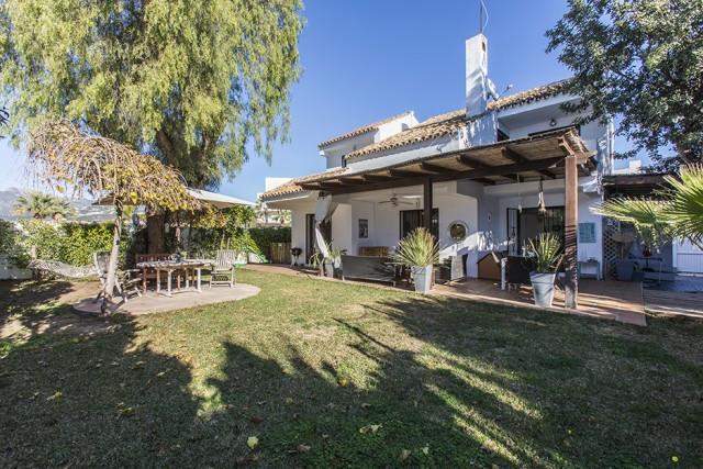Freistehende Villa in El Rosario R3074635