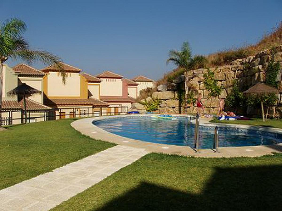 Ground Floor Apartment in Casares Playa R2374280