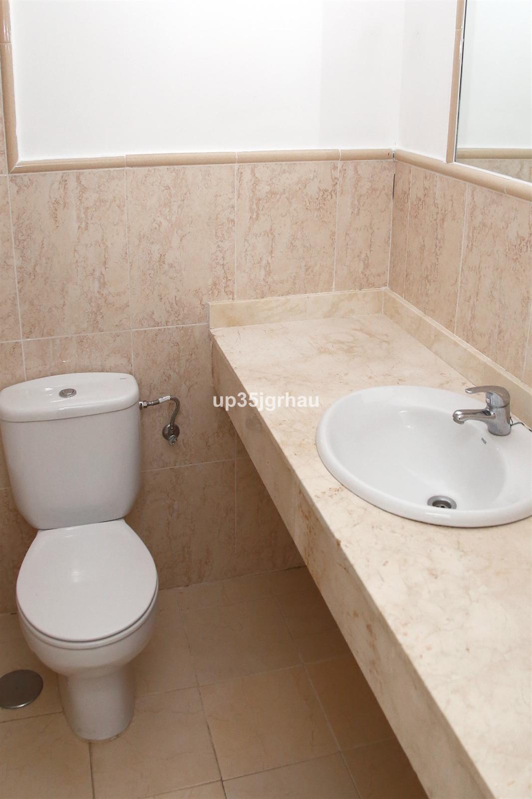 House in Manilva R3304852 6