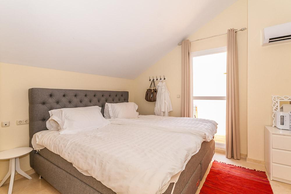 Apartment in Elviria R3218944 14