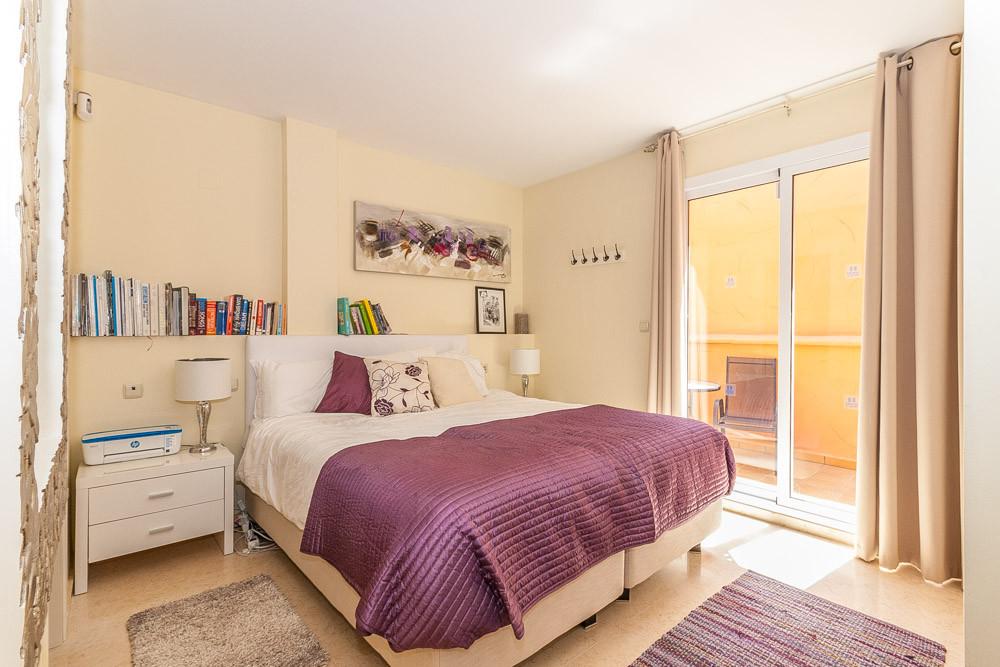 Apartment in Elviria R3218944 4