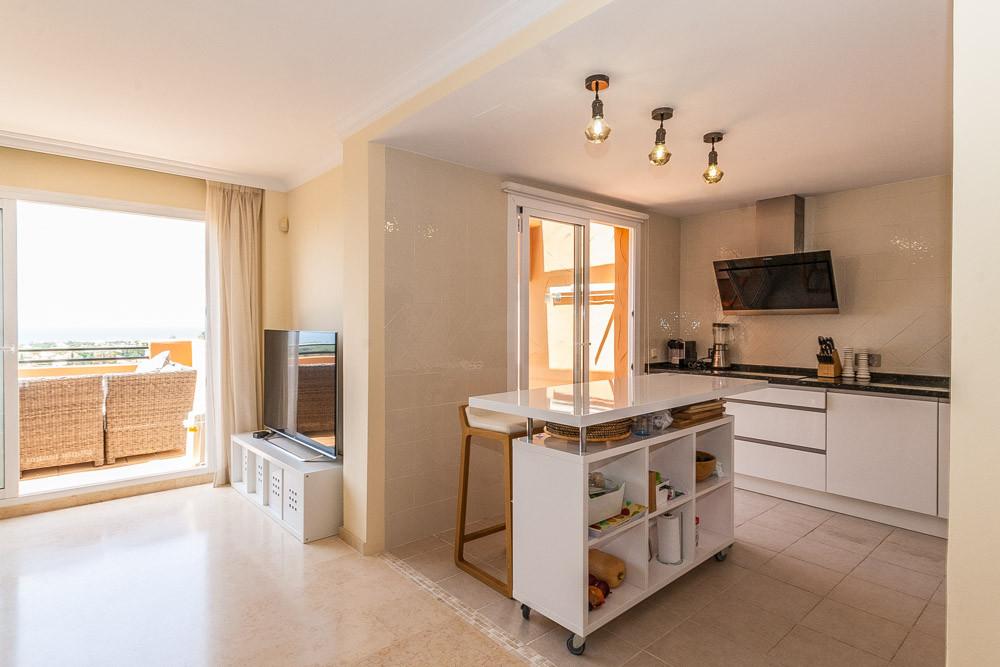 Apartment in Elviria R3218944 8