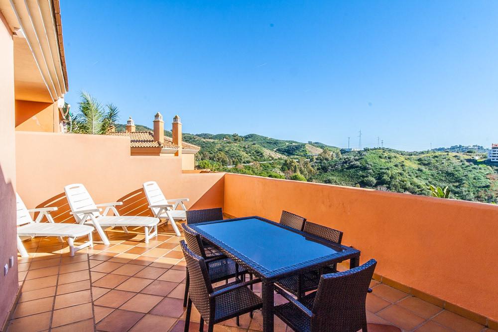 Apartment in Elviria R3333691 2