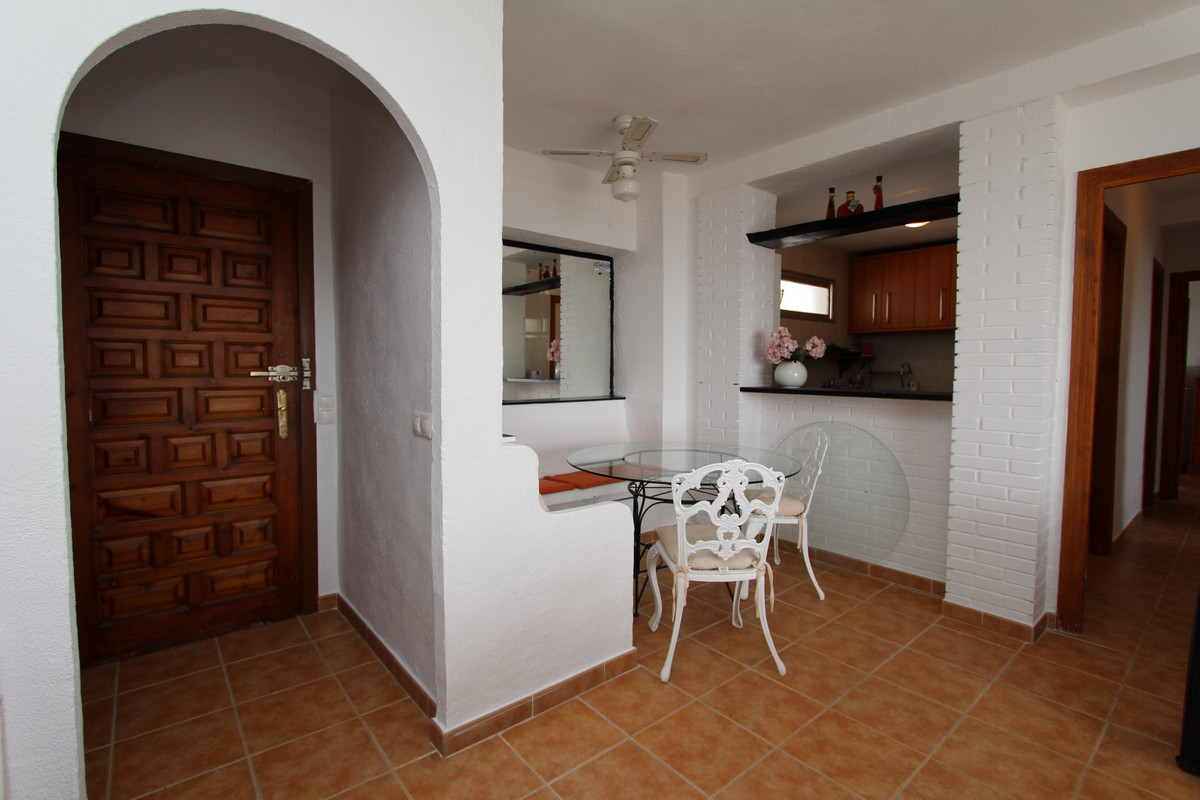 Apartment in San Pedro de Alcántara R3158704 12