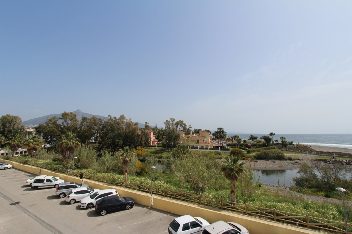 Apartment in San Pedro de Alcántara R3158704 15
