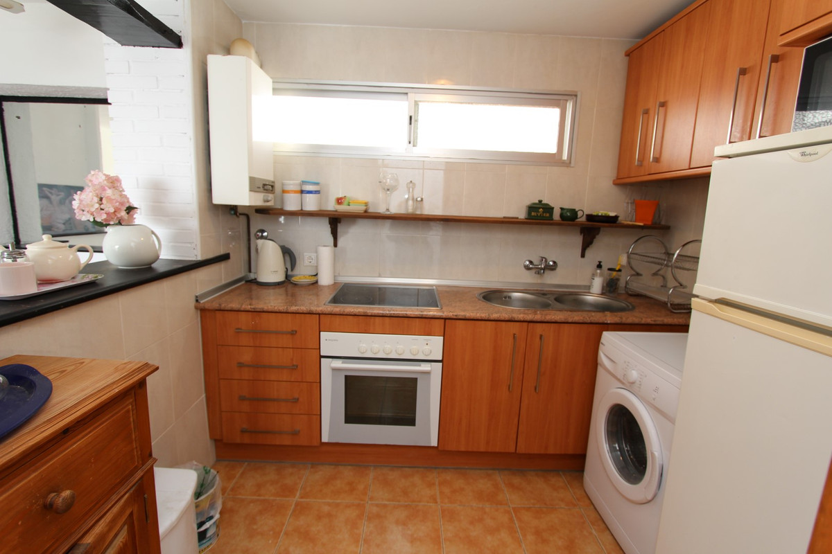 Apartment in San Pedro de Alcántara R3158704 5