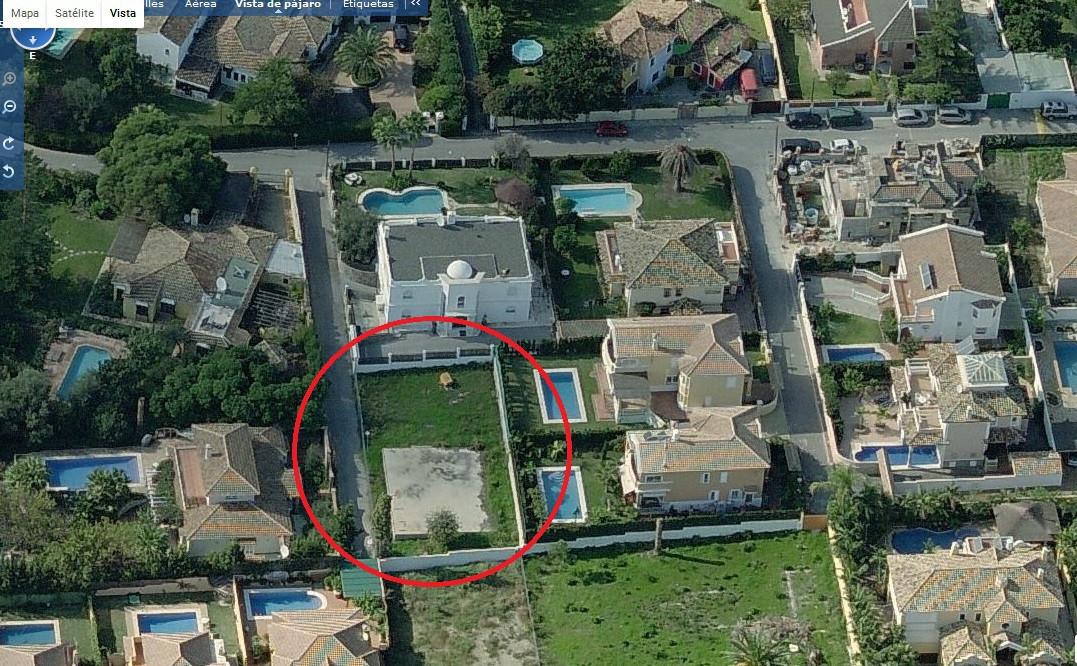 Residential Plot in San Pedro de Alcántara R2903483