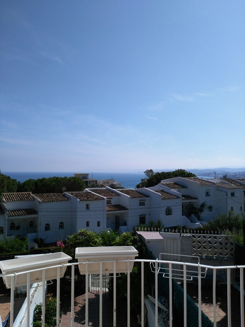 Townhouse in Estepona R2916131