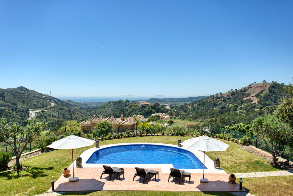 Detached Villa in Benahavís R2891273