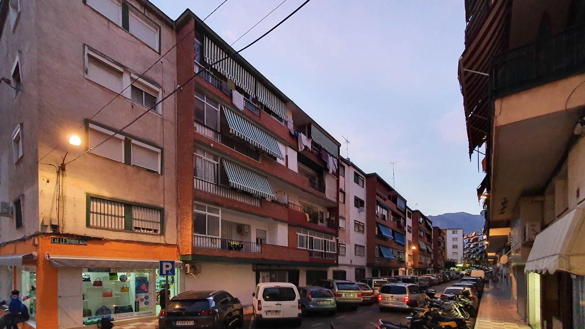 Marbella Banus Apartamento en Venta en Marbella – R3849130