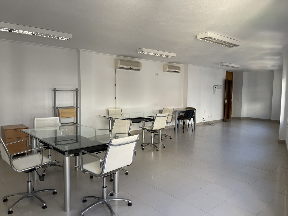 NEW PRICE REDUCED FROM 260K TO 230K TO ACHIEVE A QUICK SALE.  Office of 100 m2 in Marbella Center, n,Spain
