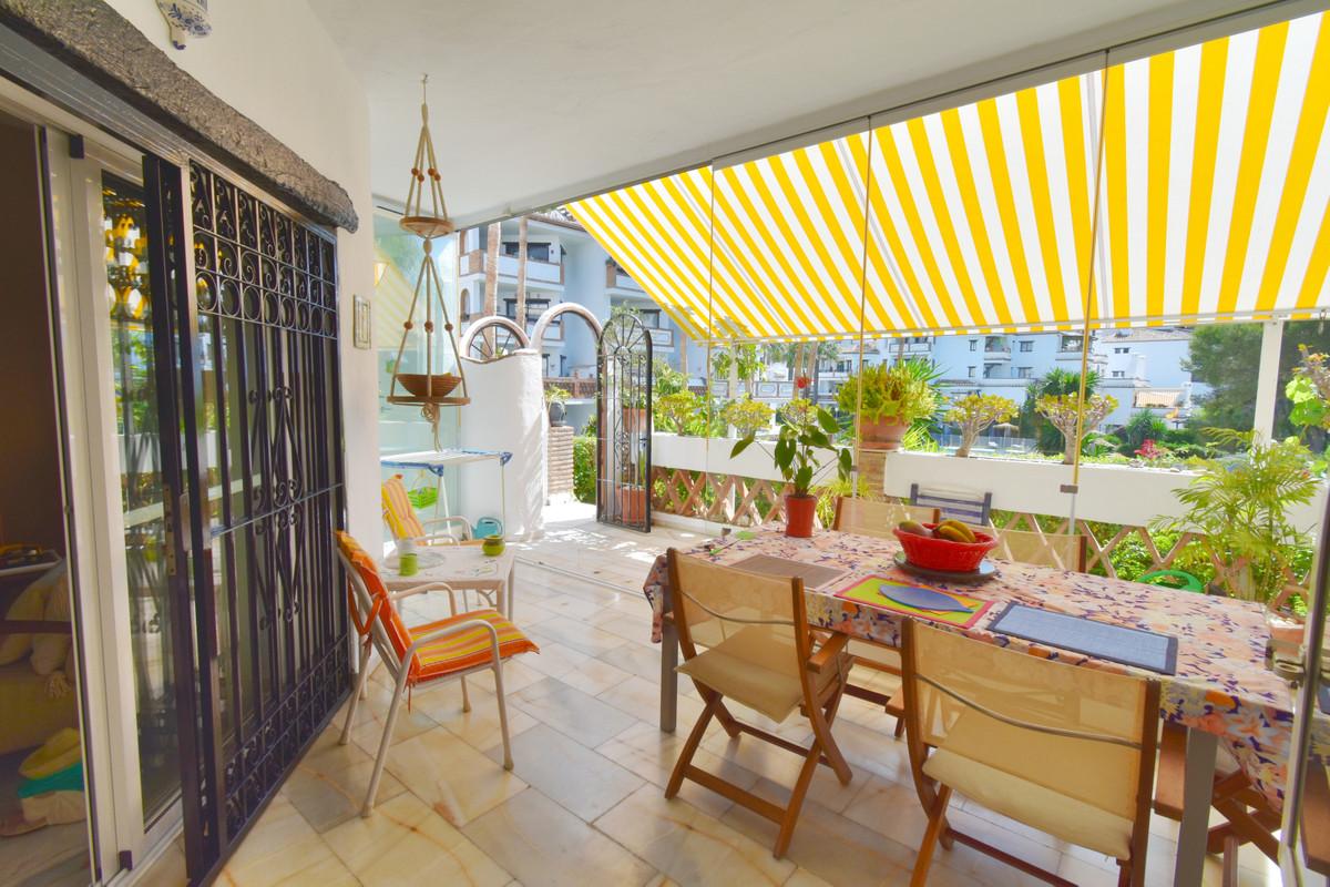 Marbella Banus Apartamento Planta Baja en Venta en Calahonda – R3439318