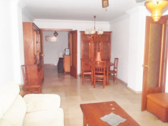Central apartment in Fuengirola 5 minutes from the beach and Fuengirola Train Station, close to all , Spain