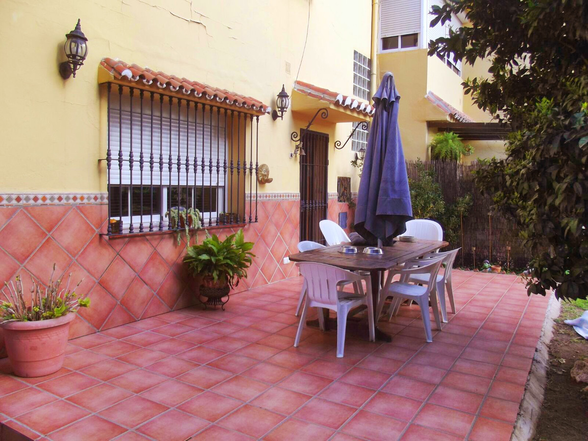 For sale beautiful semi-detached house in the Coto de Mijas very close to the center of Fuengirola (,Spain