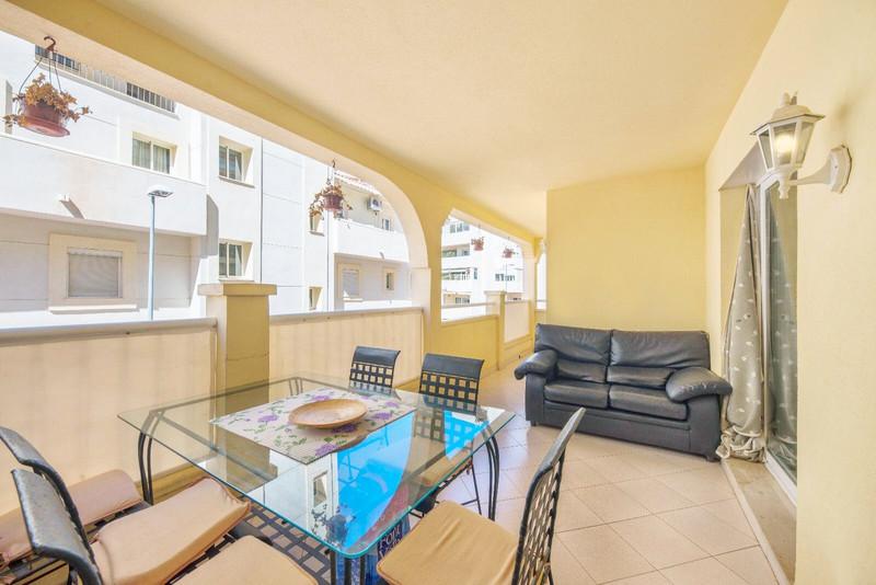 Middle Floor Apartment in Torrequebrada for sale