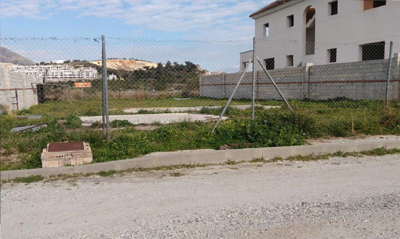 Marbella Banus Terreno Urbano a la venta en Mijas – R3254395
