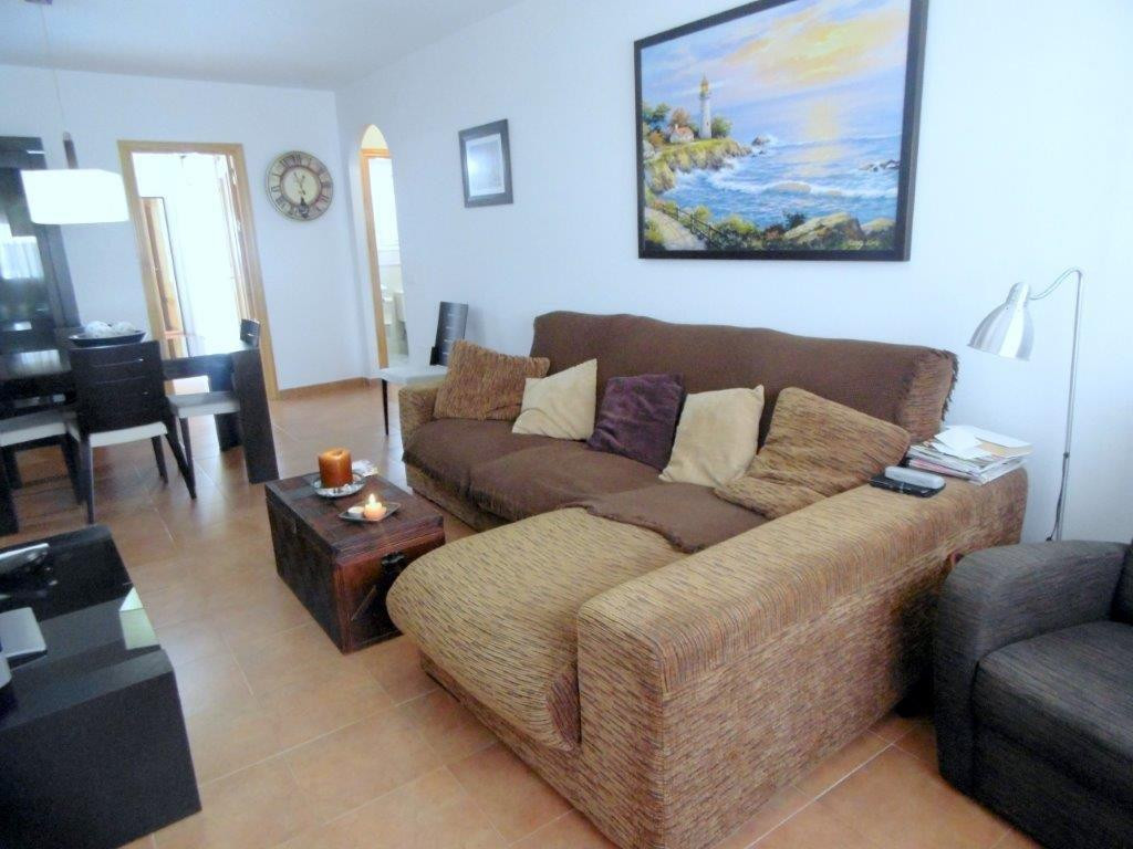 Nice ground floor apartment of 87 square meters in Los Pacos (Fuengirola).  The apartment has  3 bed,Spain