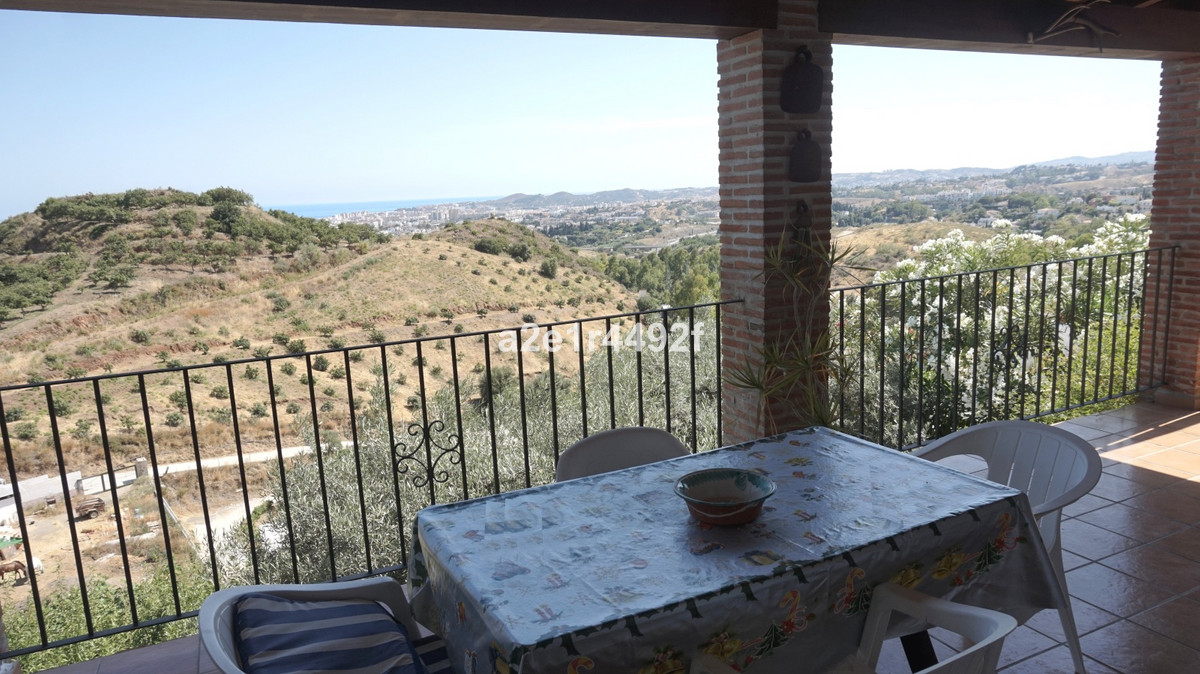Villa  Finca 													for sale  																			 in Mijas
