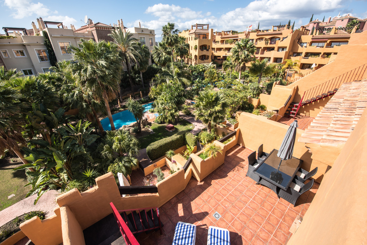 A spacious 2 bedroom Penthouse on the New Golden Mile with both a terrace and a large solarium with ,Spain