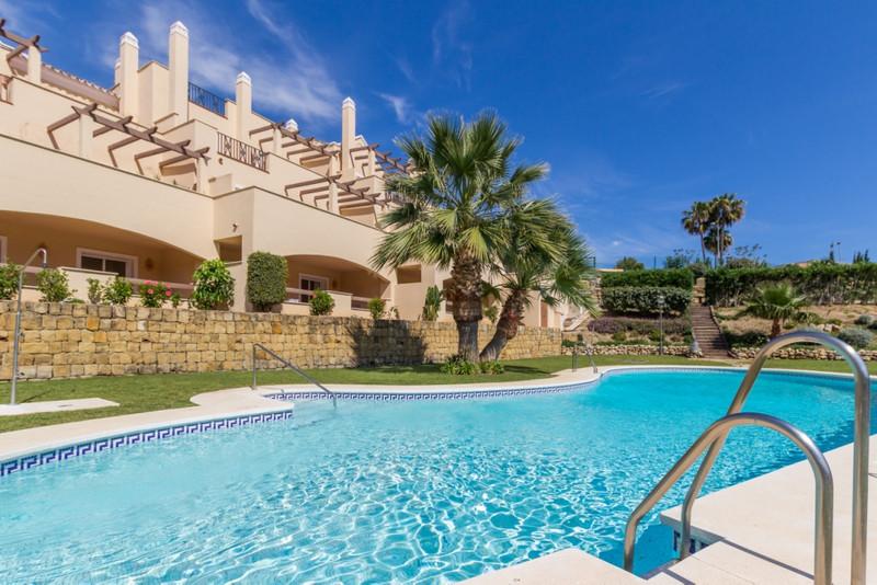 Apartamento Planta Baja a la venta en Nueva Andalucía