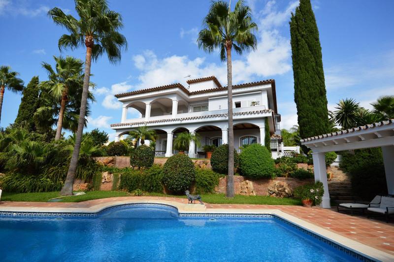 Detached Villa for sale in Bahía de Marbella