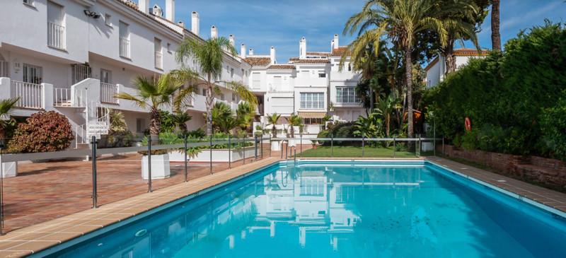 Mitte Stock Wohnung zum verkauf in Nueva Andalucía