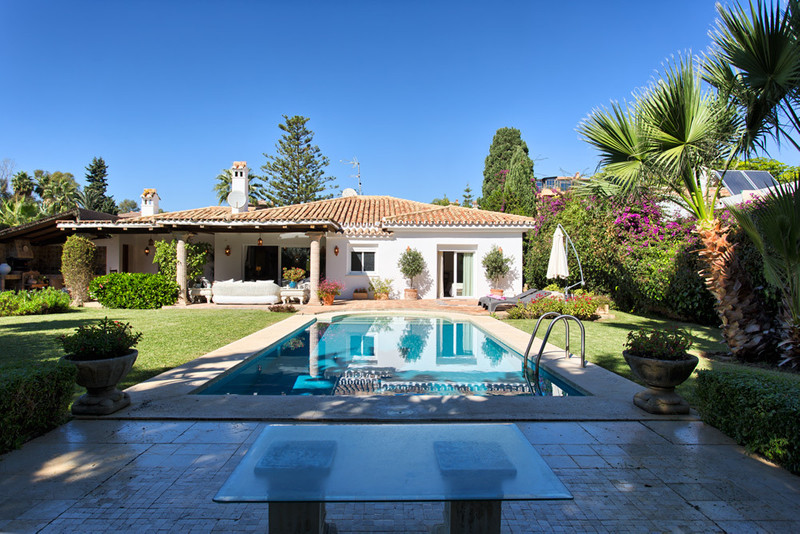 Freistehende Villa zum verkauf in El Paraiso