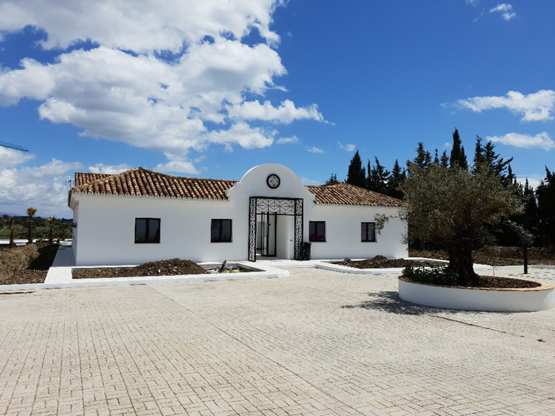 Finca - Cortijo for sale in Cancelada