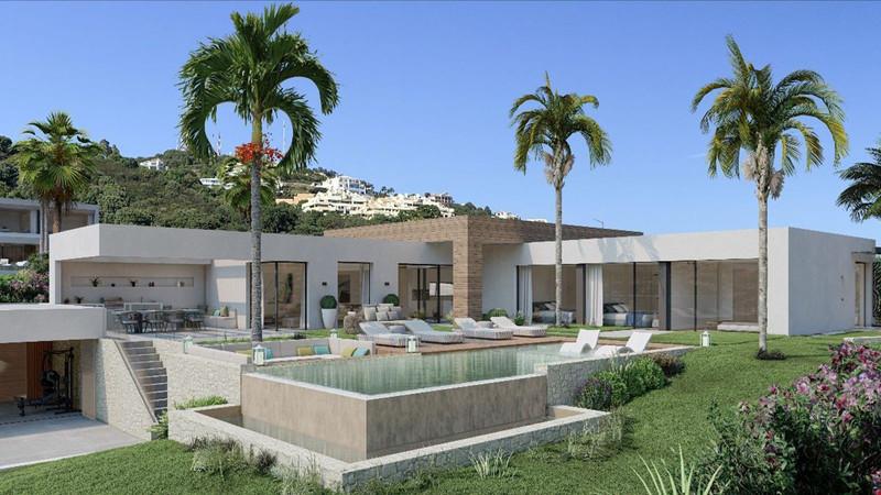 Detached Villa for sale in Altos de los Monteros