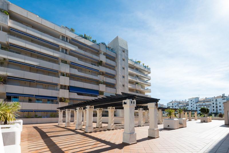 Apartments for sale in Puerto Banus 21