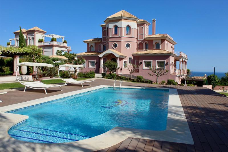 Detached Villa for sale in Los Flamingos