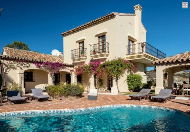 Detached Villa for sale in La Quinta