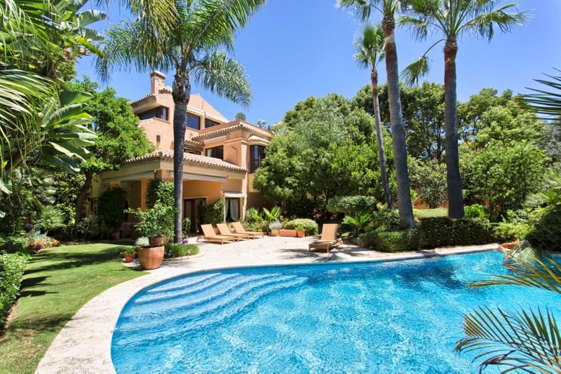 Detached Villa for sale in Marbella