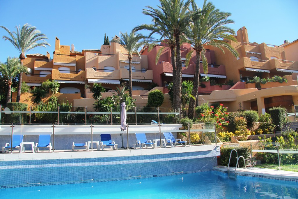 LOVELY TOWNHOUSE SITUATED IN THE  RESIDENTIAL DEVELOPMENT EL PALMERAL IN NUEVA ANDALUCIA. JUST A FEW,Spain