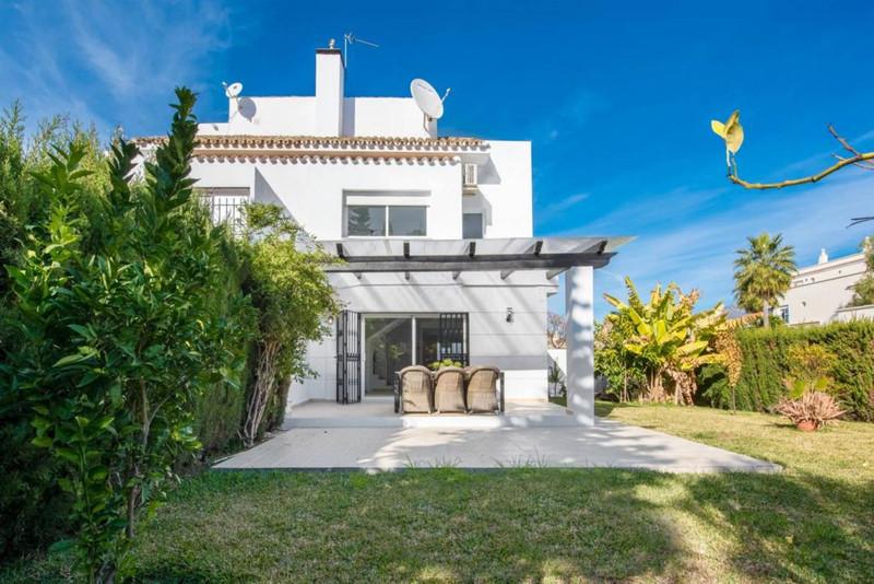 Doppelhaus Stadthaus zum verkauf in Nueva Andalucía