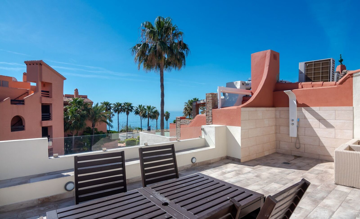 Luxuriously Renovated 4 Bedroomed Townhouse with exceptional Sea Views within a Front Line Beach Exc,Spain