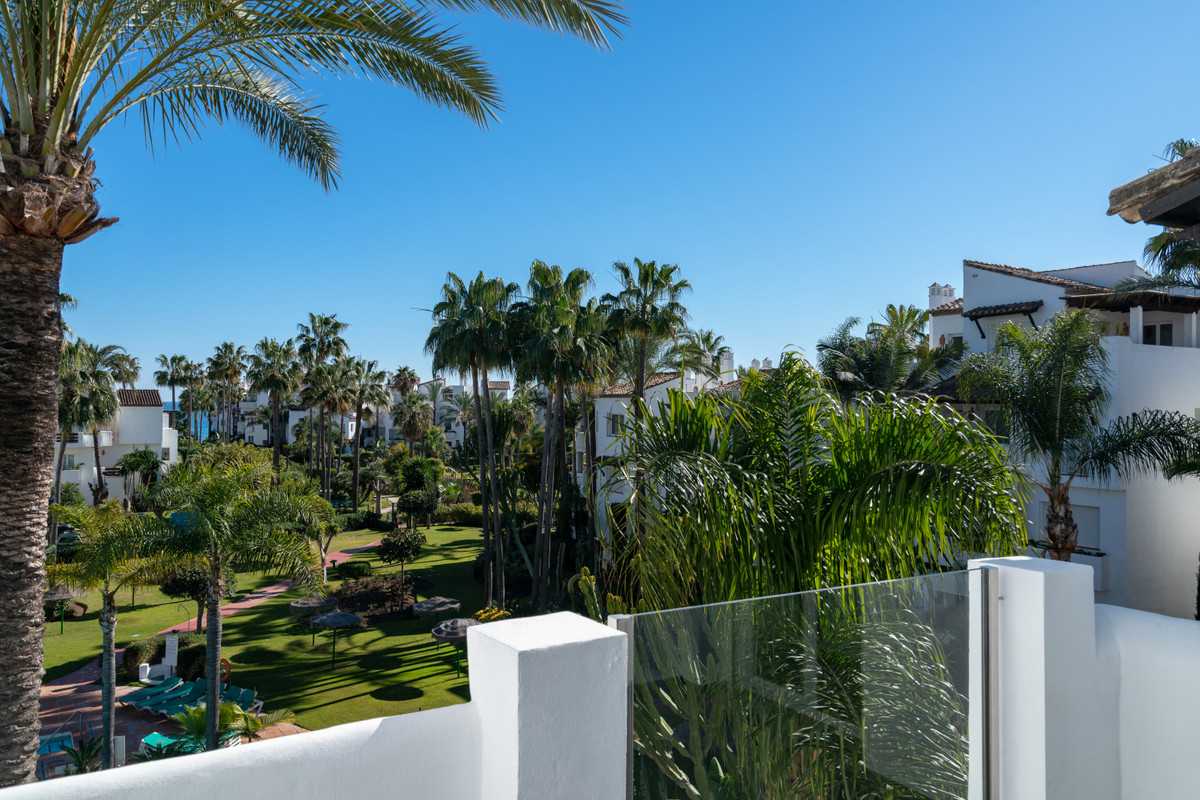 Immaculate Contemporary Sea View Penthouse, completely renovated and redesigned to an exceptional hi, Spain