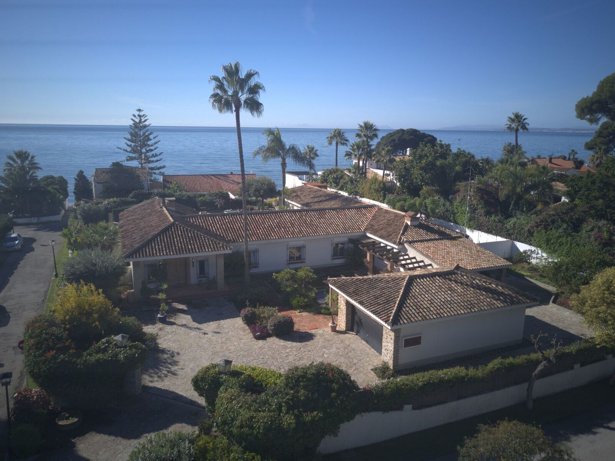 Classic Luxurious 5 Bedroomed Detached, South Facing Villa at Benamara Beach, enviably positioned on, Spain