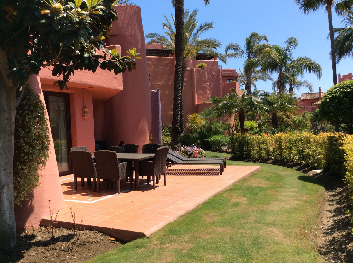***Offer Accepted - Reserved *** Exclusive Luxurious Interior Designed Front Line Beach Apartment si,Spain
