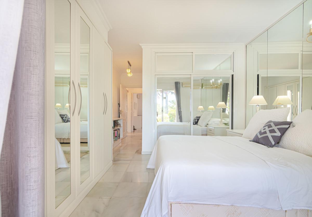House in El Paraiso R3437932 17