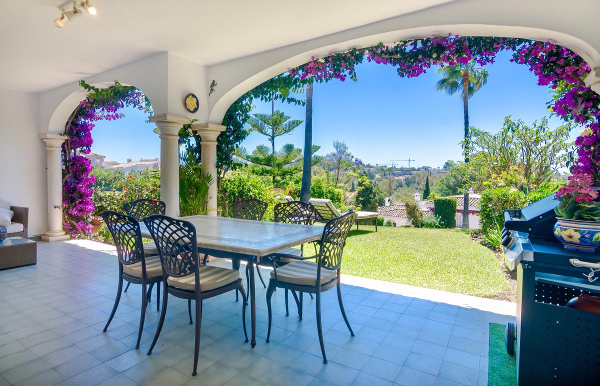 House in El Paraiso R3437932 7